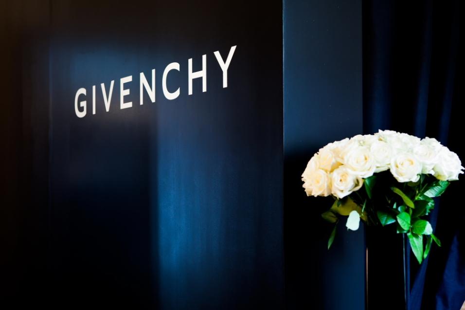 Givenchy-100